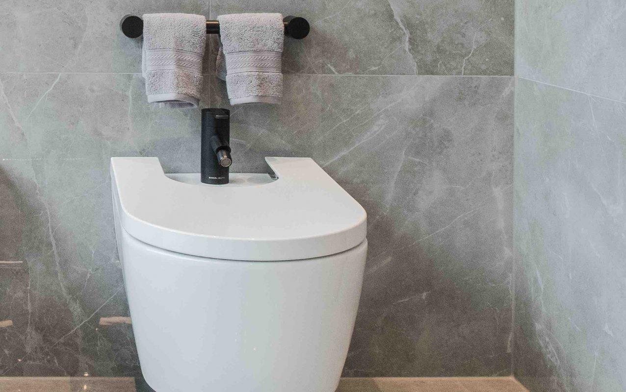 Product Toilet Bidet 3