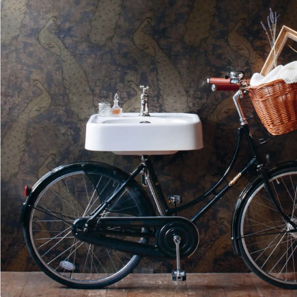 How to incorporate refurbished furniture into a bathroom